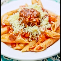 Penne Rigate with Meatballs and Tomato Sauce